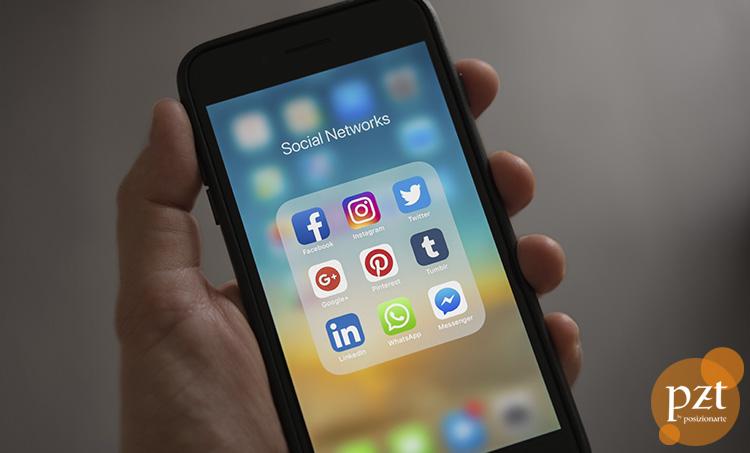 redes-sociales-movil-pzt